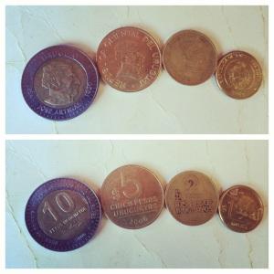 Uruguy peso. 23:1 to USD